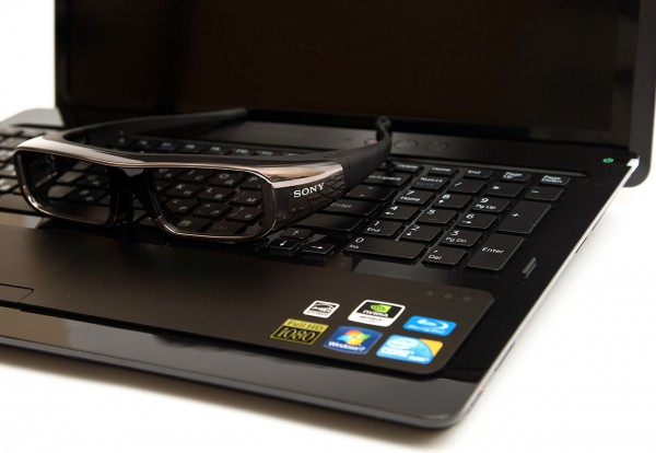 sony-vaio-f-series-3d-laptop