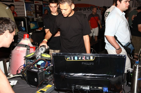 hwbg_overclock_show_2012